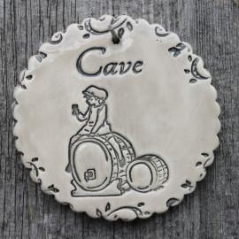 """faïence ronde """"Cave"""" (garçonnet et tonneaux de vin)"""